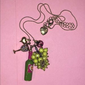 Betsey Johnson picnic wine and grapes necklace